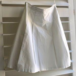 A-Line cotton poplin skirt in white